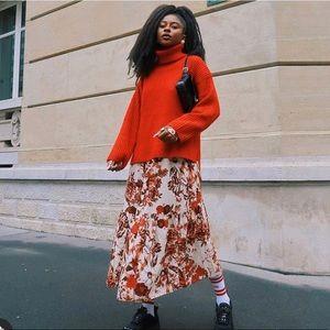 H&M Long Sleeve Maxi Floral Elastic Waist Dress